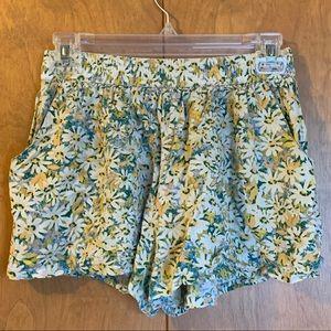 Mossimo daisy shorts